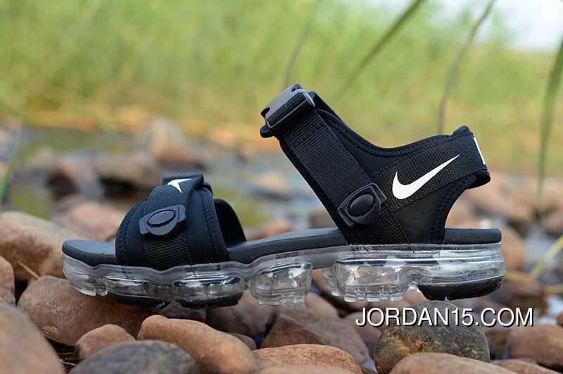 adc59b7f3a 2018 NIKE AIR Vapormax Sandal Black Transparent Sole Copuon in 2019 ...