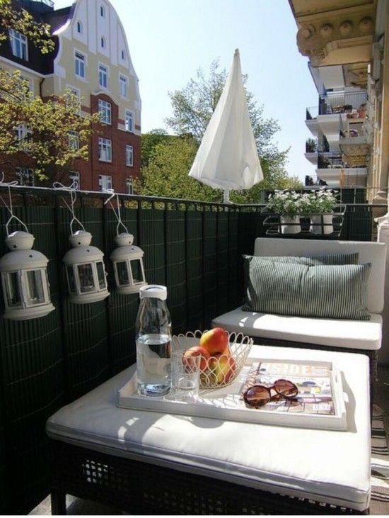 Ideen Und Tipps Zum Kleinen Balkon Gestalten Living Room Shams