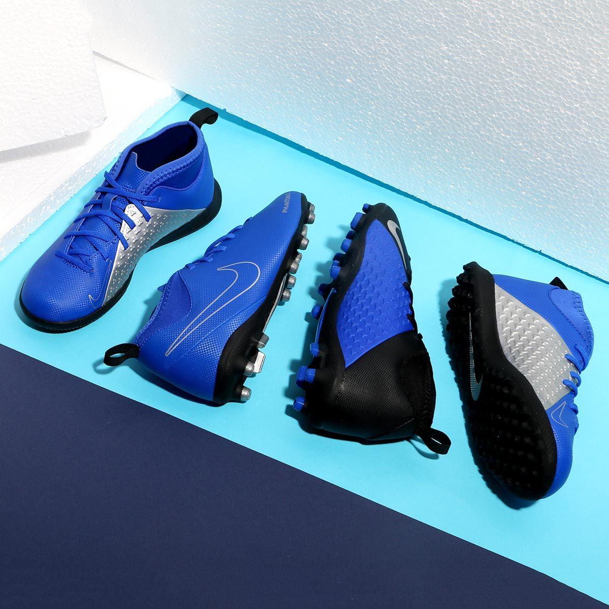 Botas de fútbol infantiles Nike Phantom Vision Club. En futbolmania kids  encontrarás este modelo con suela IC adb90e7f739b1