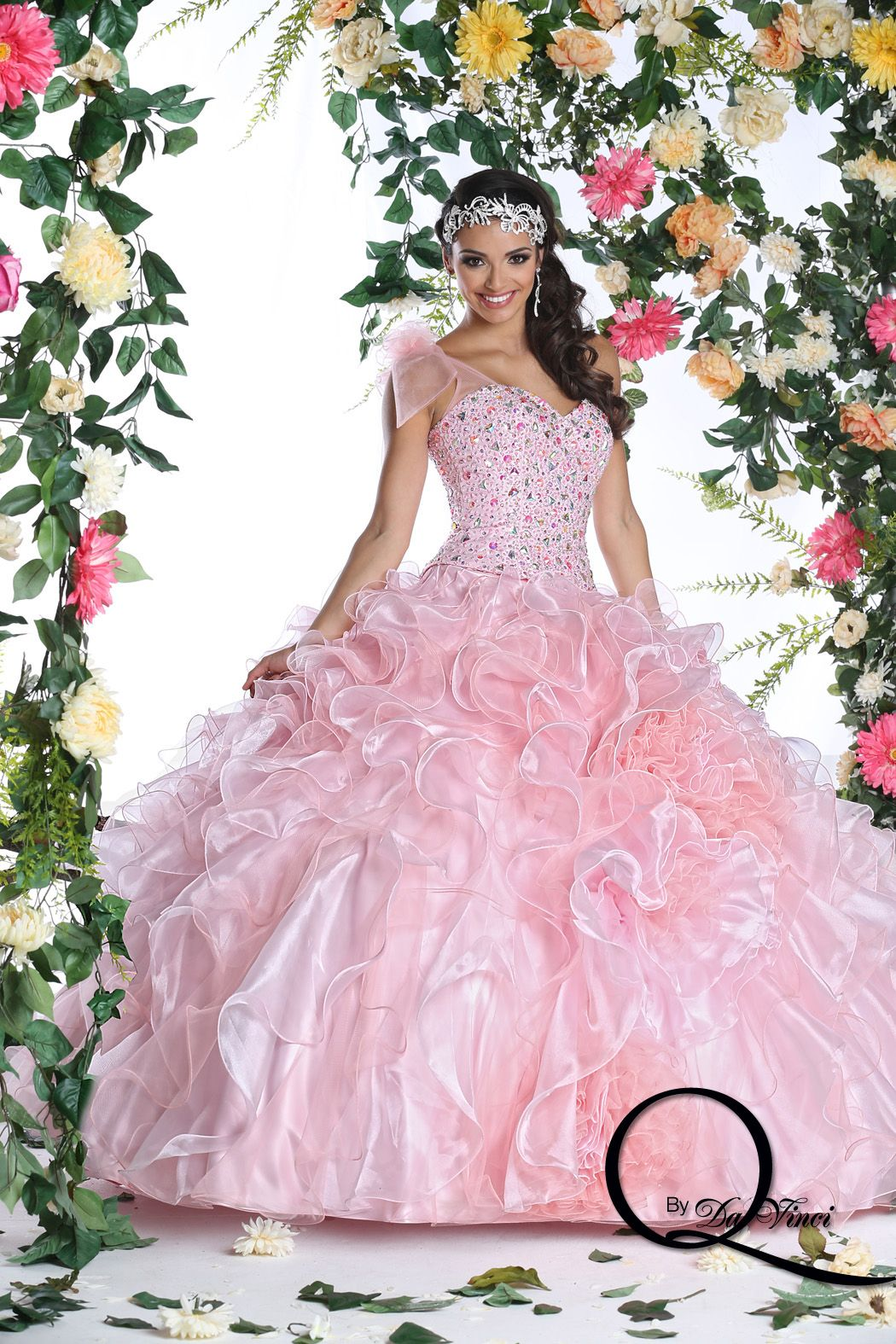 Soft and Delicate Q by Davinci style 80256 featuring hermoso Shimmer ...