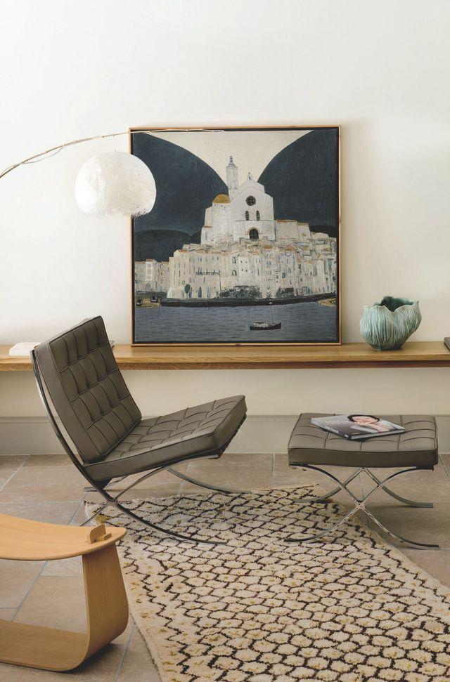 maison familiale r nov e en provence fauteuil barcelona knoll et jeanne. Black Bedroom Furniture Sets. Home Design Ideas