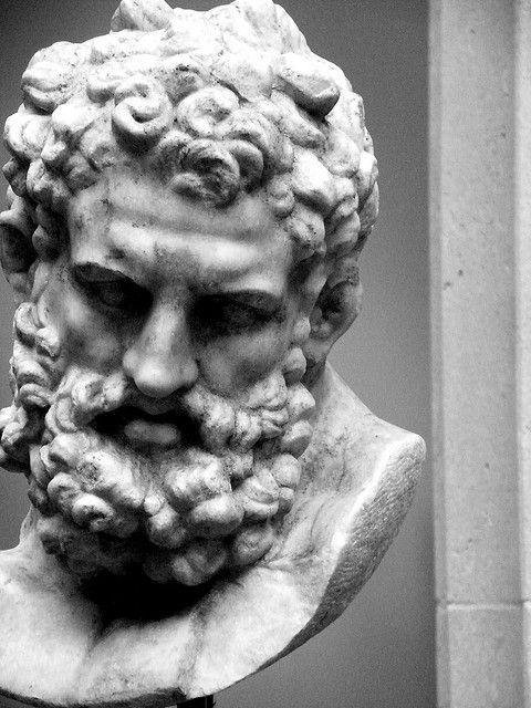 Büste im griechischen und römischen Skulpturengarten am Met von Stephen Sandoval. impr ...,  ... #greekstatue