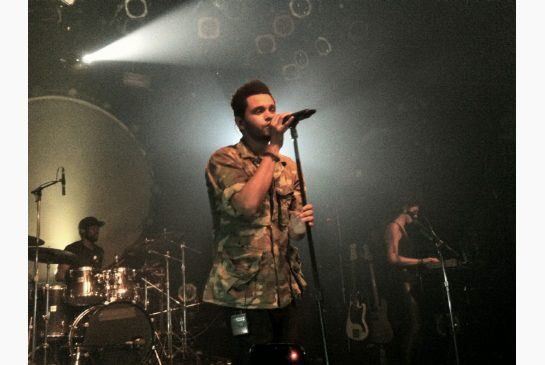 """vee on Twitter: """"On July 24th 2011, @theweeknd had his first show at the Toronto Mod Club. The fans saw his face for the first time. https://t.co/3nOzcJZUSI"""""""