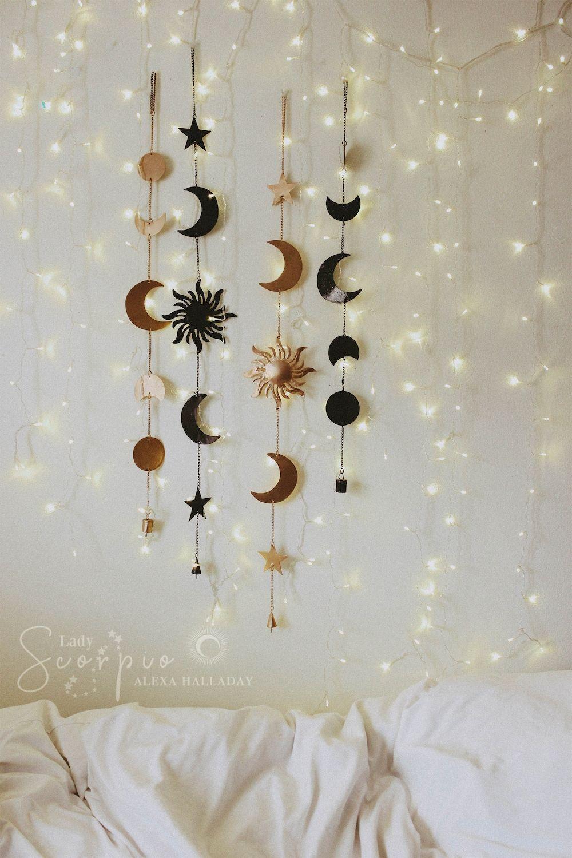 9 Minimalist Bedroom Decorating Ideas in 9  Wall decor