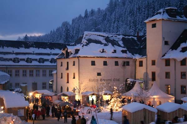 Weihnachtsmarkt Oberammergau.The Christmas Market At Ettal Abbey In Bavaria Near Oberammergau