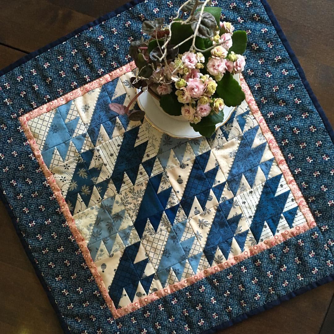 14 Mentions J Aime 1 Commentaires Heike Schneider Password Quilt Sur Instagram Lost Ship Mini Quilt Quilt Miniquilt Reproductionfabrics Handqu