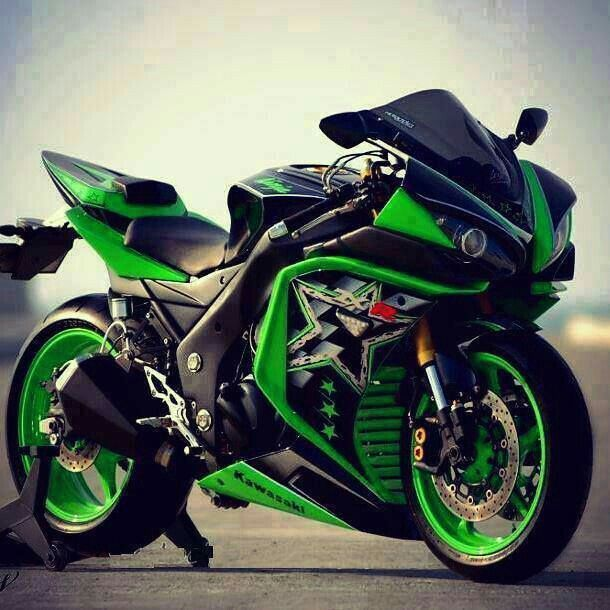 спортивный мотоцикл кавасаки фото стильная фишка, набирающая
