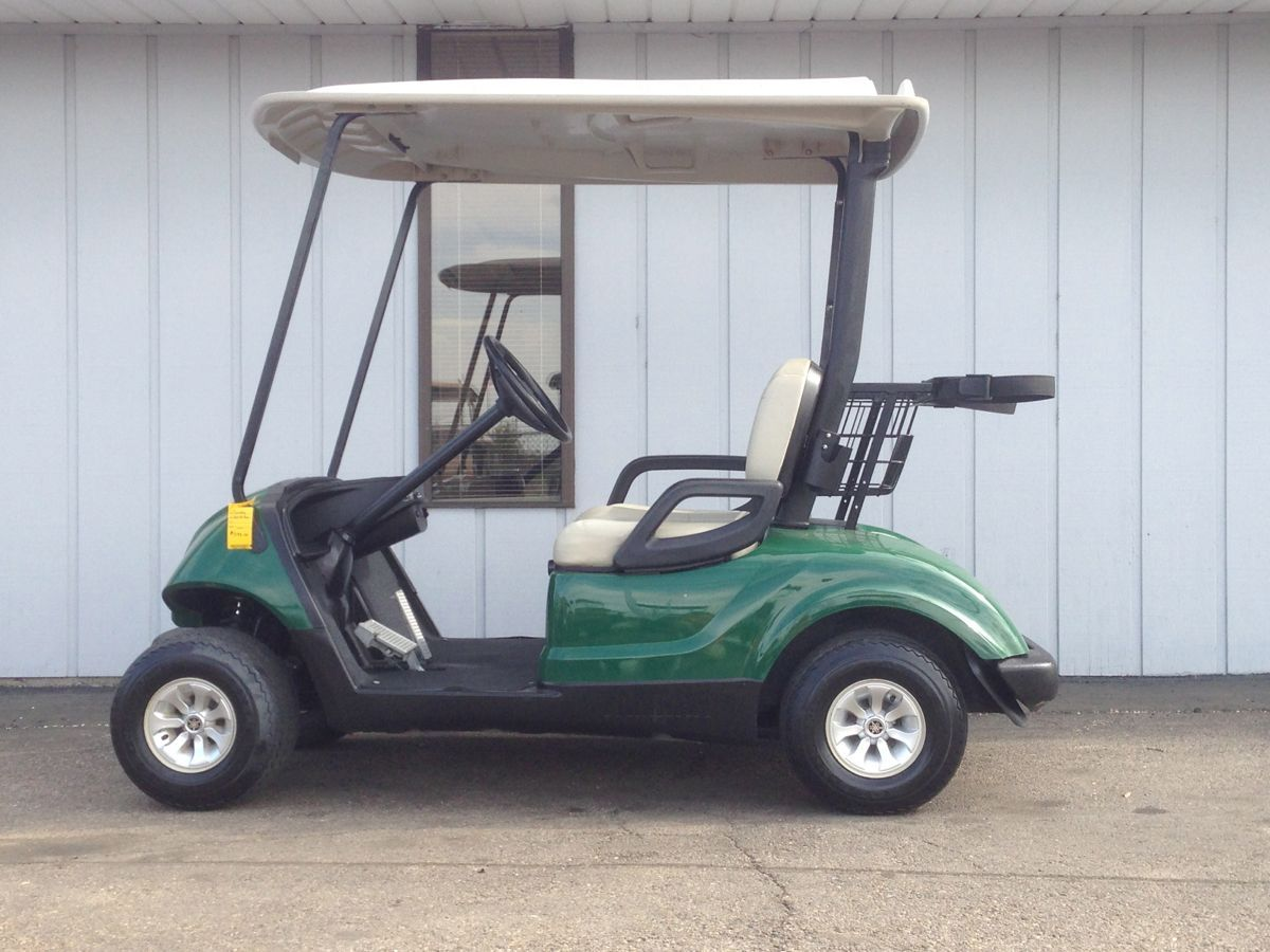 This 2008 Yamaha Drive Gas Golf Cart Is Equipped With