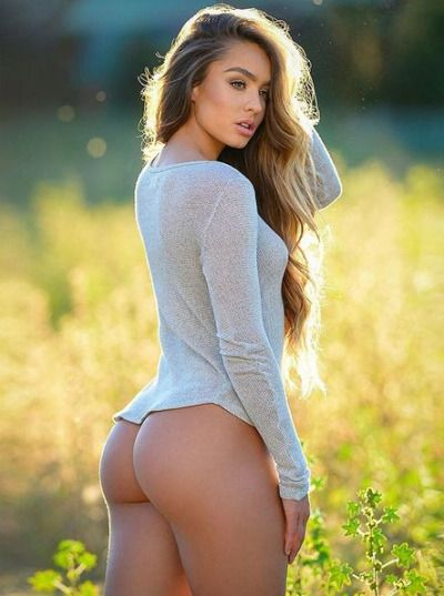 hottest naked woman on earth