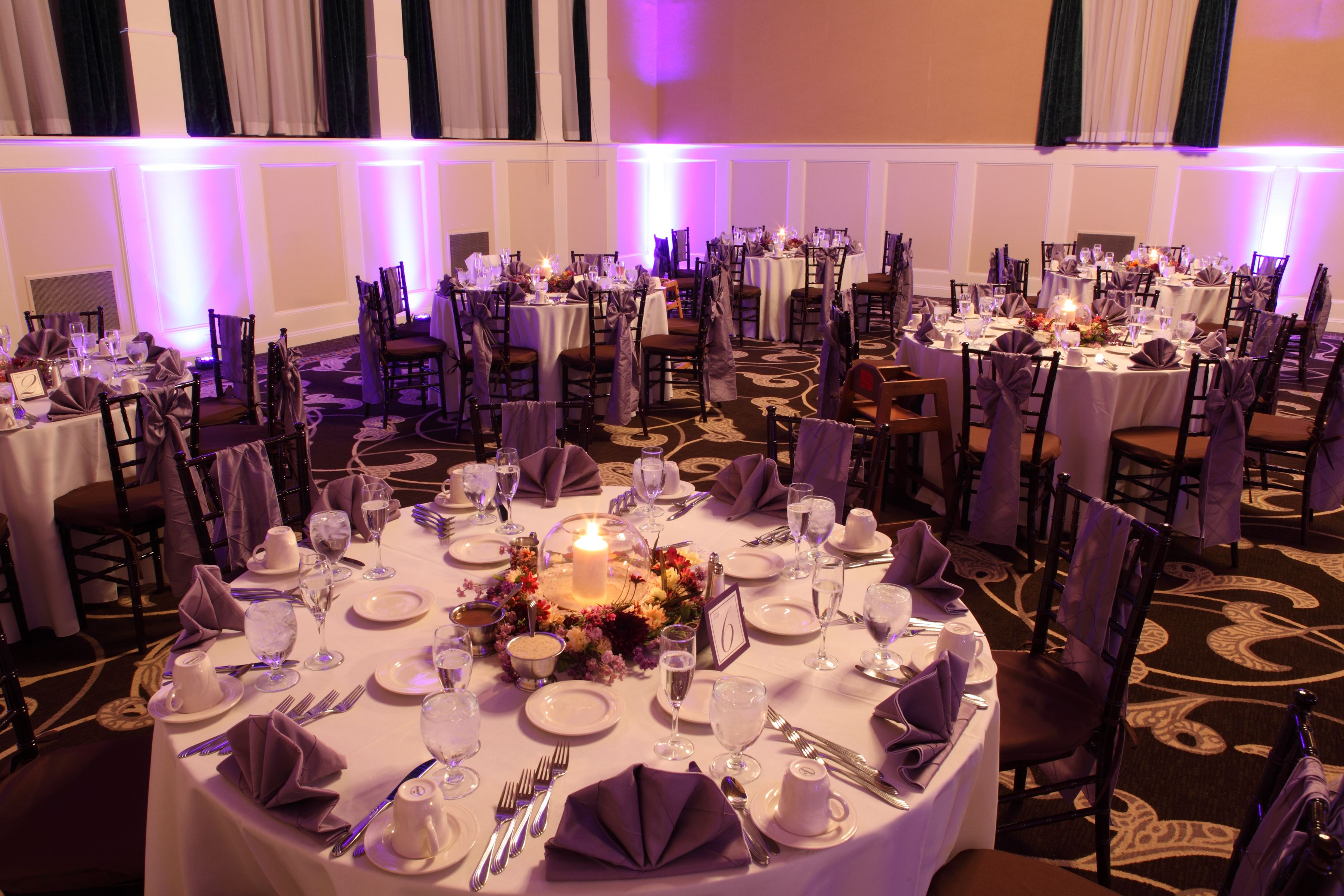 Walnut Chiavari Chairs With Victorian Lilac Pintuck Chair Sashes And Dinner Napkins