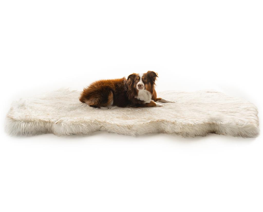 Puprug Runner Faux Fur Memory Foam Dog Bed Curve White Orthopedic Dog Bed Best Orthopedic Dog Bed Memory Foam Dog Bed