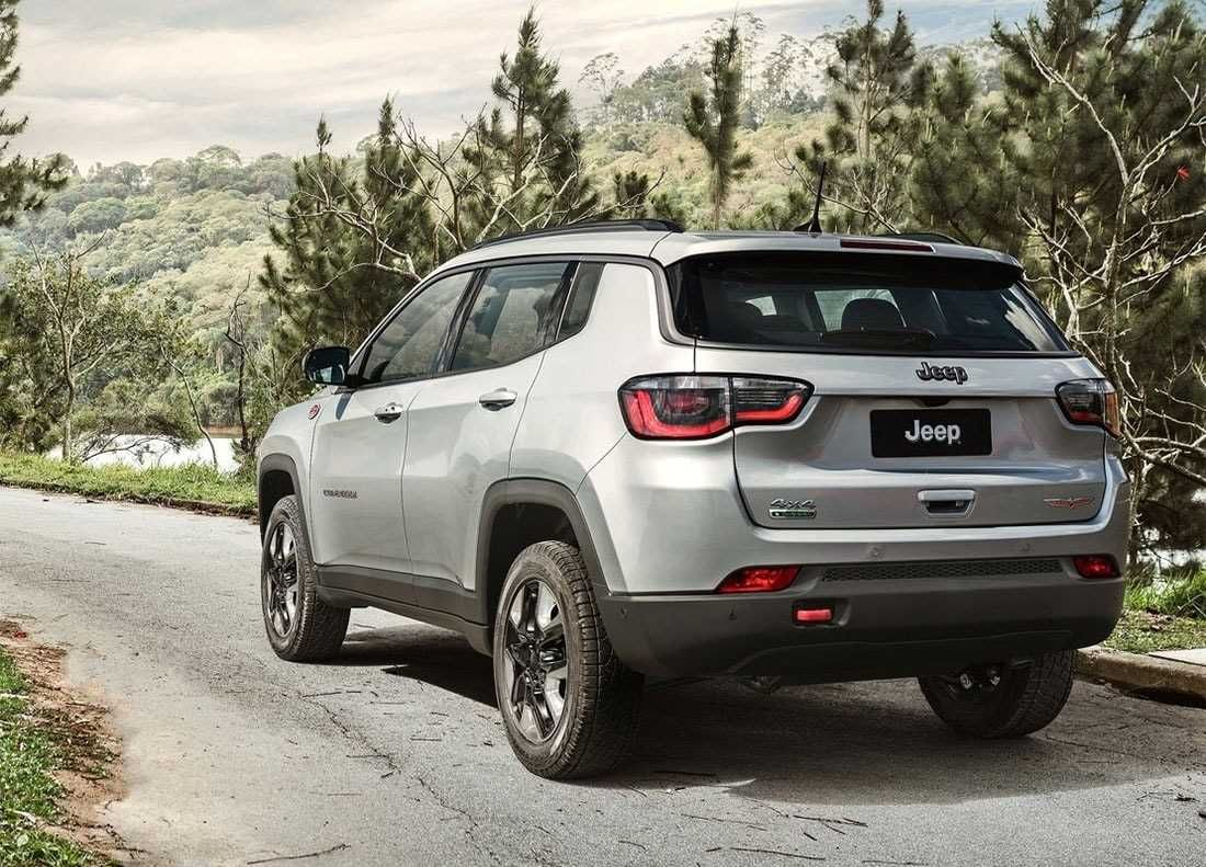 The New Jeep Compass 2018 2019 Is The Older Brother Of The Jeep Renegade Vw Tiguan Autos Fichas