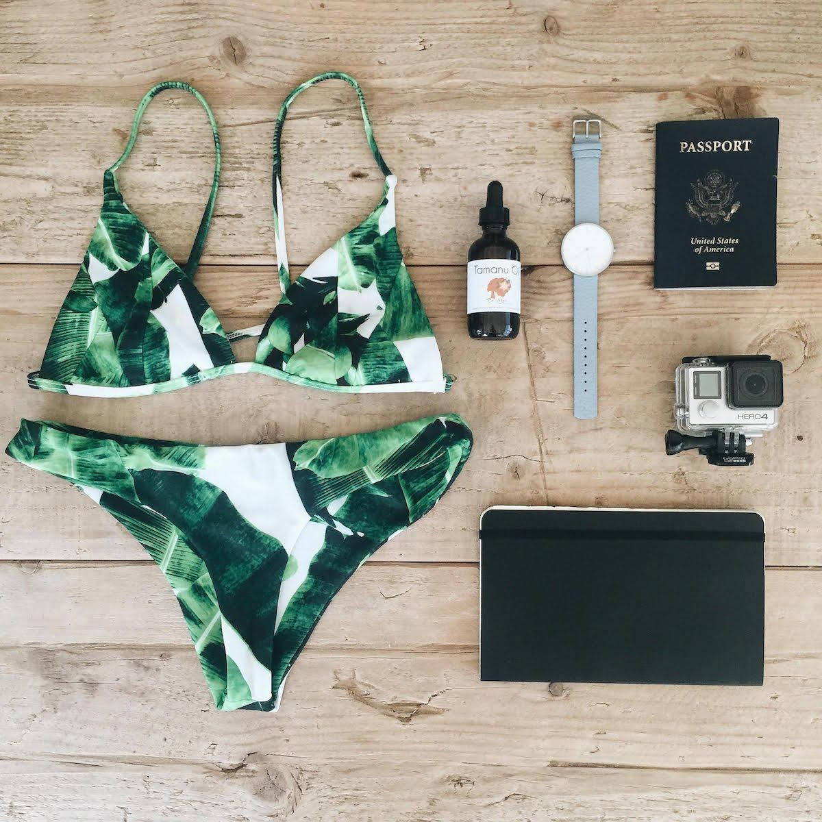 Stone Fox Swim. Been wanting to get one of their suits for forever but they're so expensivo :(