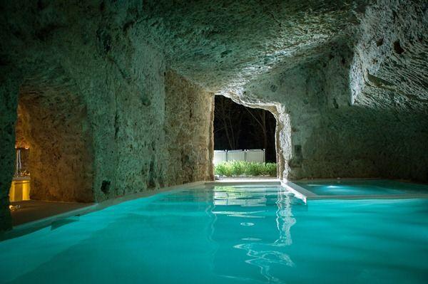 כשהקירות מדברים בית בן 2 500 שנה באיטליה Underground Homes Cool Pools Swimming Pool Designs