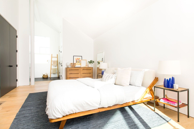 garden lightwell Google Search in 2020 Natural bedroom