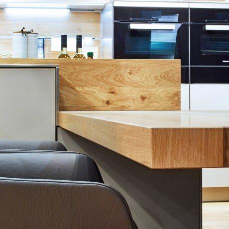 Küche Mit Integriertem Essplatz In Wildeiche