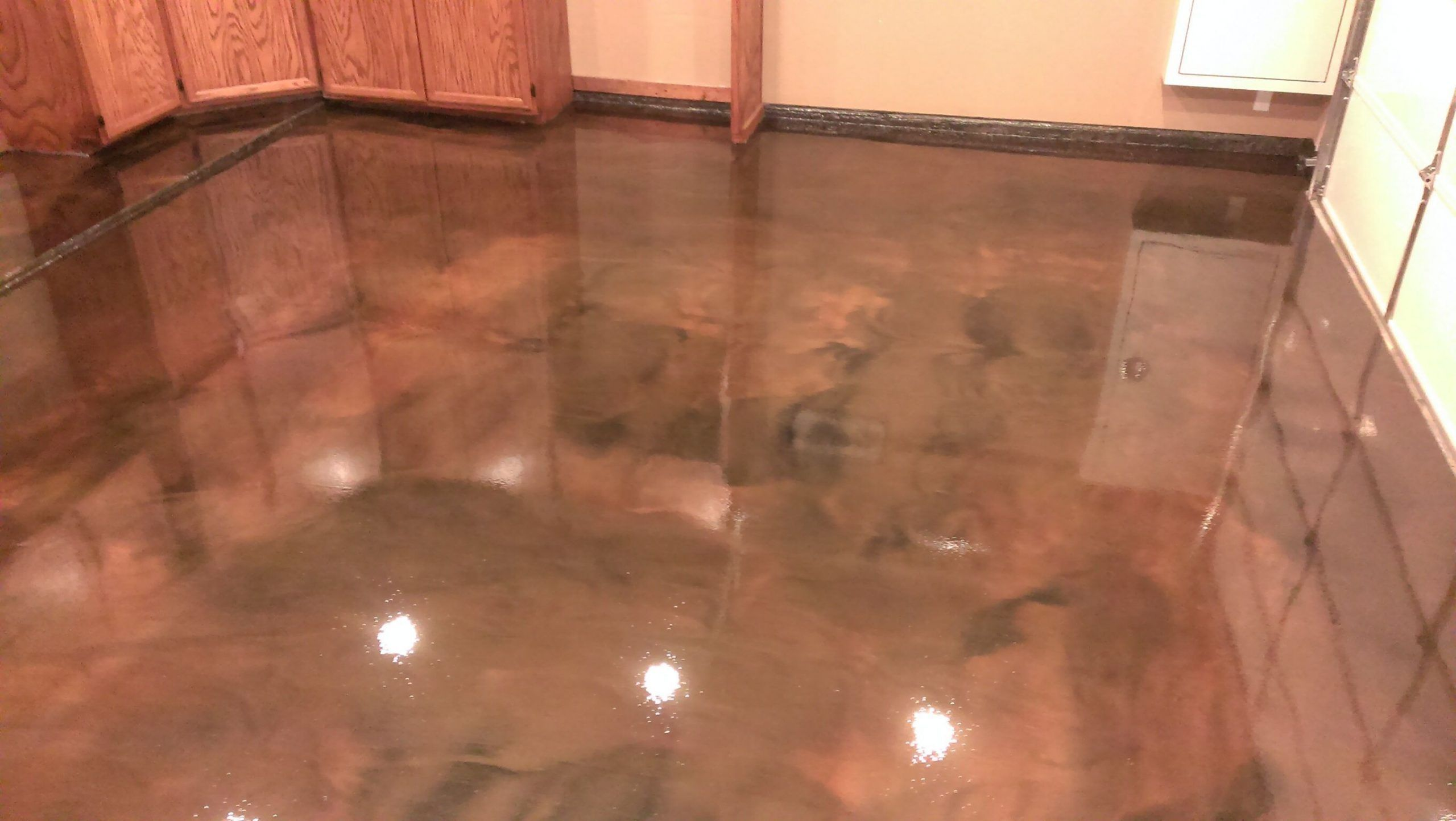 Metallic epoxy floor coating for a truly one of a kind floor finish#coating #ép...#coating #ép #epoxy #finishcoating #floor #kind #metallic