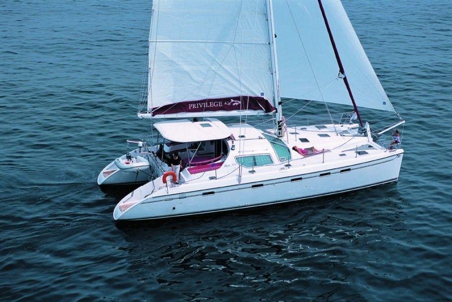Charter catamaran Privilage 495, 4 cabins, 8+2 berths