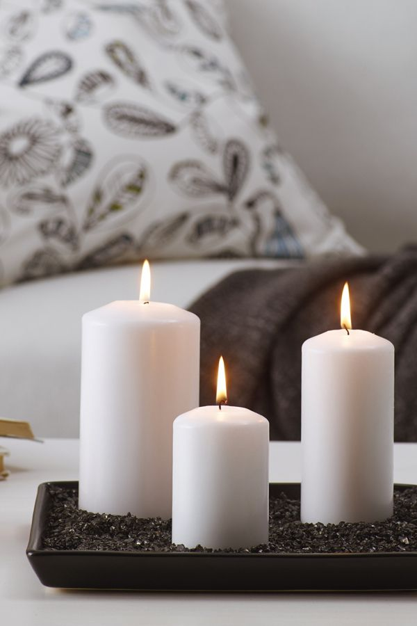Create a hauntingly beautiful halloween table centerpiece using candles surrounded by black ikea - Candele decorative ikea ...