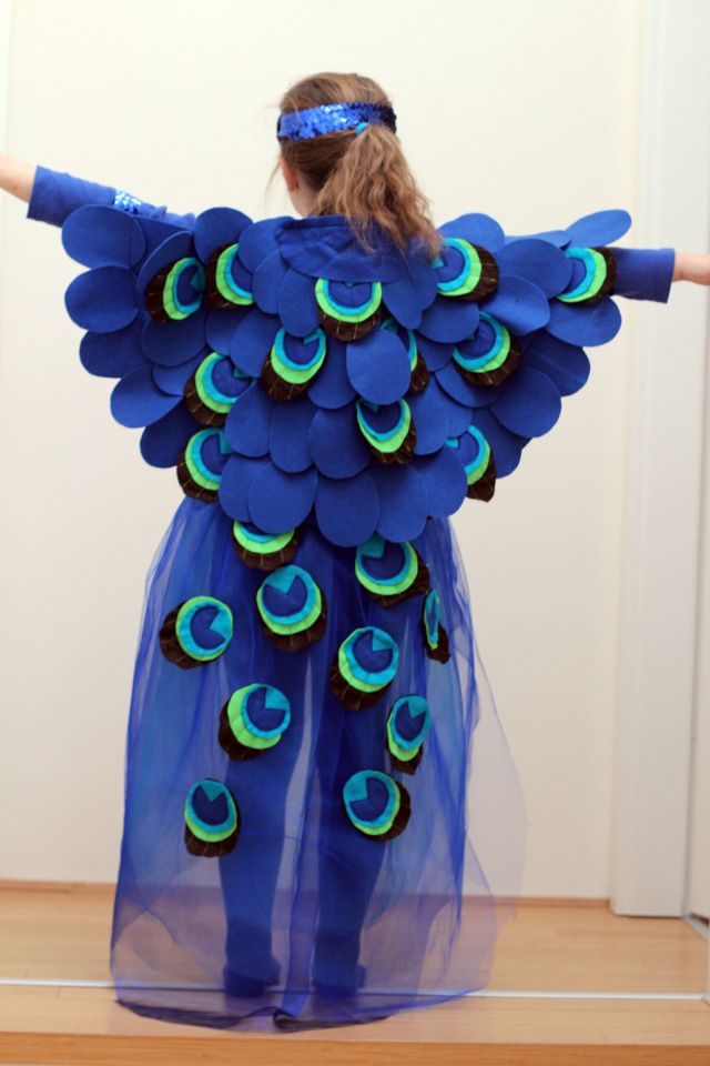 pfauenkost m selber n hen mit tutorial peacock costume. Black Bedroom Furniture Sets. Home Design Ideas