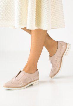 Zapatos bajos de mujer   Zapato bajo mujer, Zapatos bajos