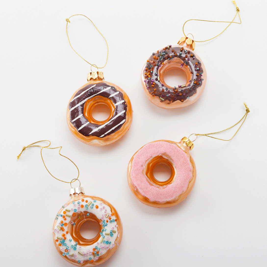 9 Non Traditional Holiday Decor Ideas To Try This Year Donut Ornament Traditional Holiday Decor Diy Christmas Tree Ornaments