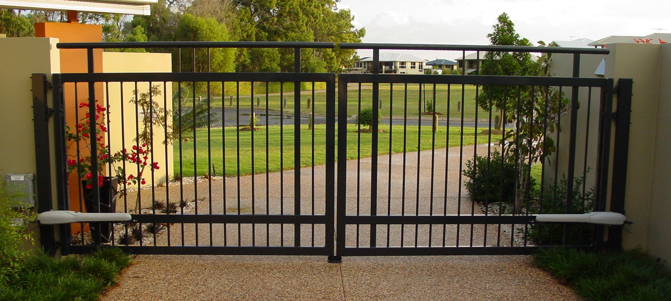 Automatic Gates Openers Residential Pictures Of Swinging Gates Image Gallery Brisbane