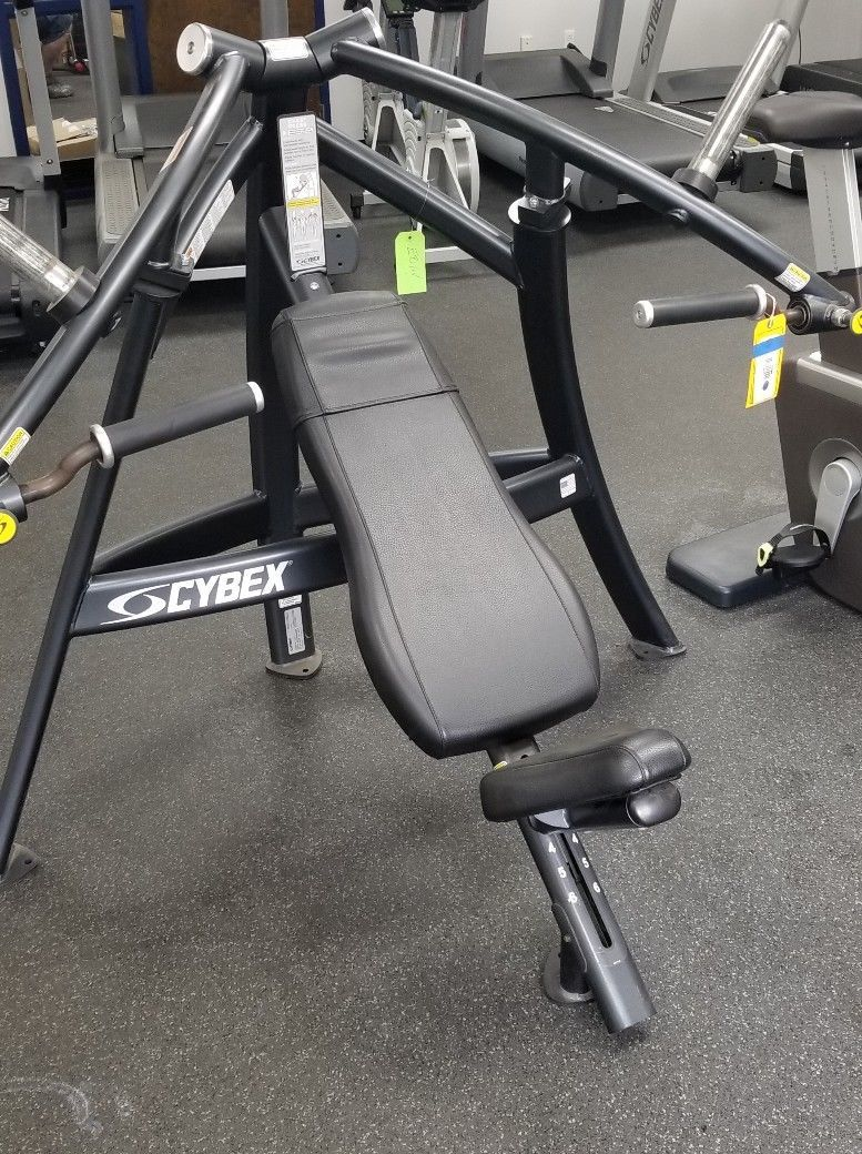 Cybex Plate Loaded Chest Press No Equipment Workout Used Fitness Equipment Commercial Fitness Equipment
