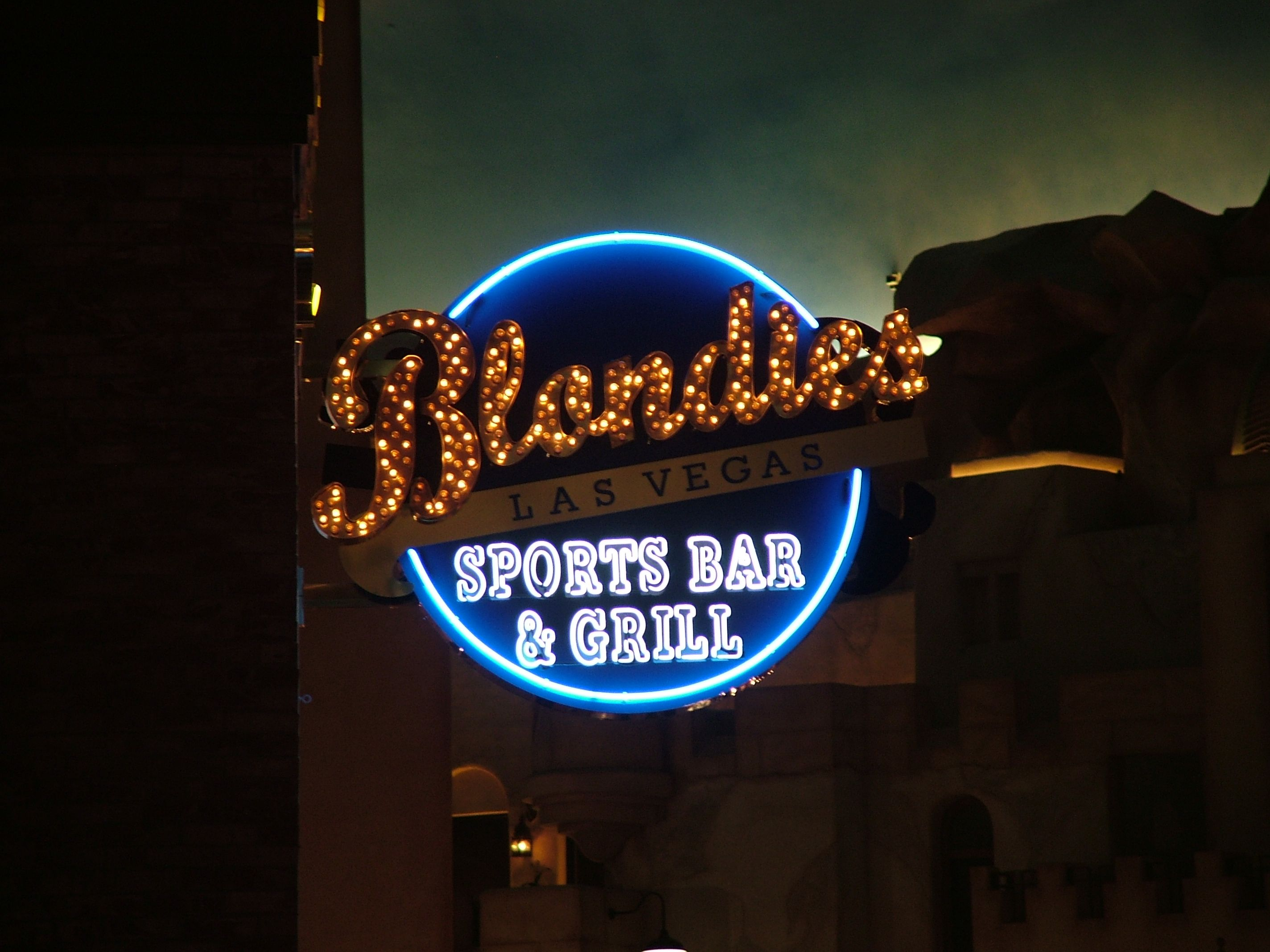 Blondies Sports Bar & Grill Sports bar, Bar grill, Las vegas
