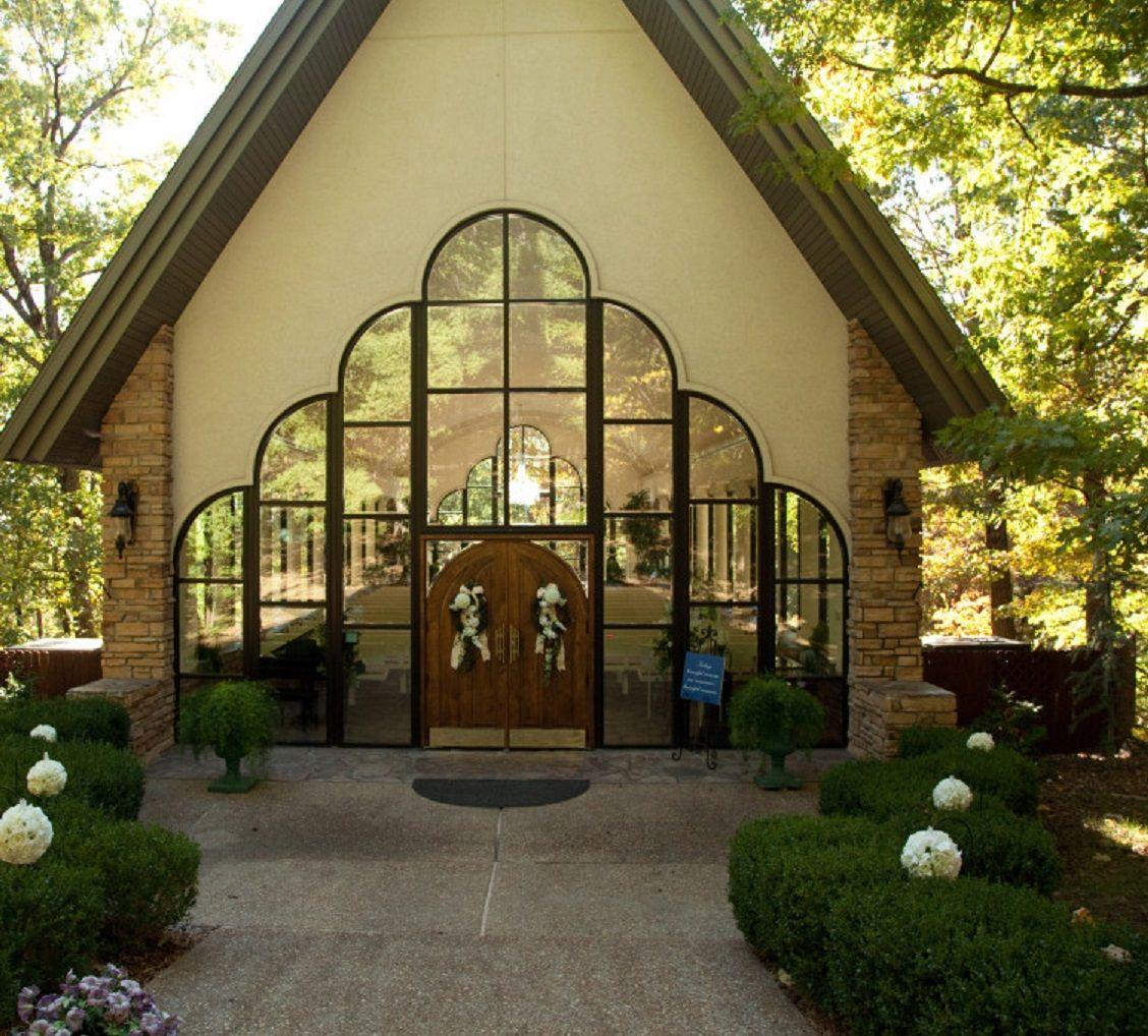Stonegate Glass Chapel In Branson Missouri Brides Room Glass Chapel Chapel