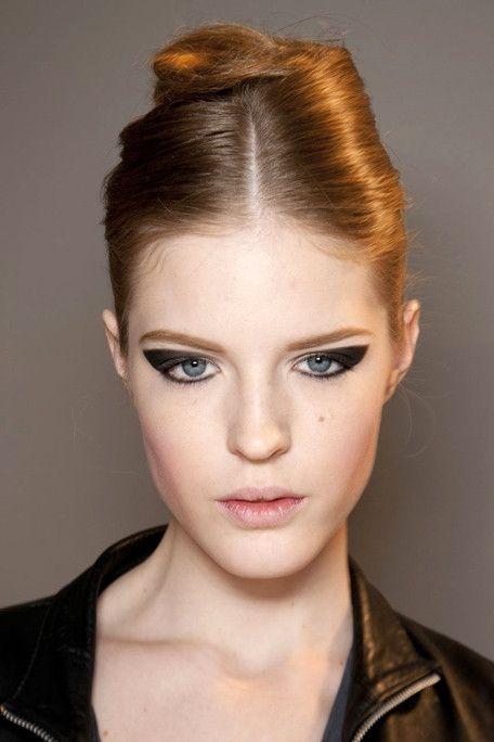 retro ponytail, runway - Google Search | Hair | Pinterest | Ponytail ...