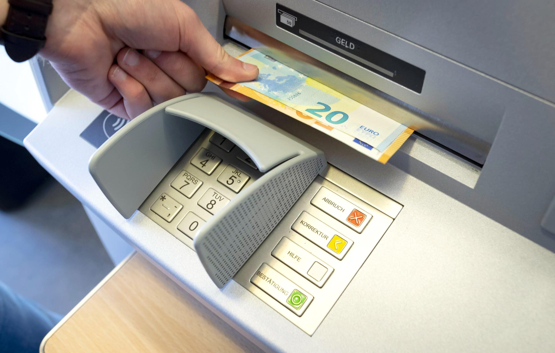 erste bank ungarn geld abheben