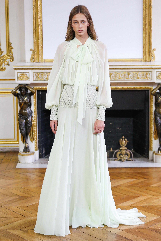 Monique Lhuillier Spring 2018 Ready-to-Wear Collection Photos - Vogue