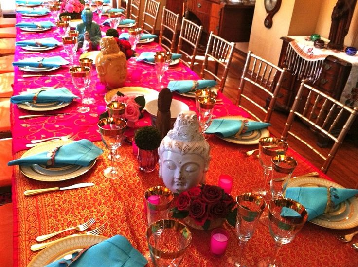 Sari Tablecloths Sari Tablecloth Indian Inspired Dinner Party Christmas Party Ideas