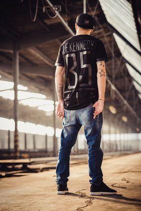 11688ba853f737 squke  premium  streetwear  brand  black  white  fashion