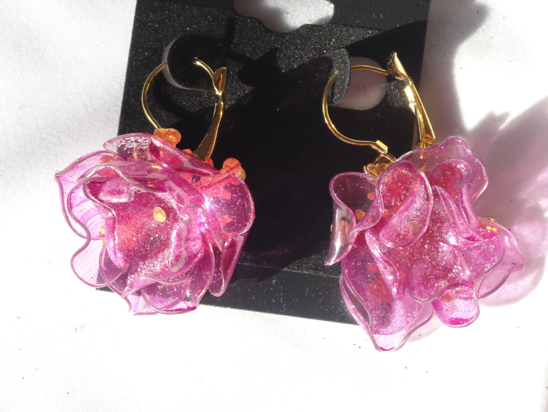 Boucles d 39 oreilles fleurs en plastique recycl recyclage artistique pinterest fleur en - Fleur bouteille plastique ...