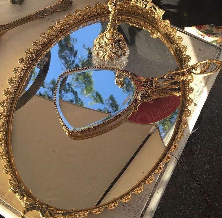 Aesthetically Indie Aesthetic Mirror Vintage Alternative Tumblr Luxury Glamour Https Weheartit Gold Aesthetic Aesthetic Vintage Aesthetic Pictures