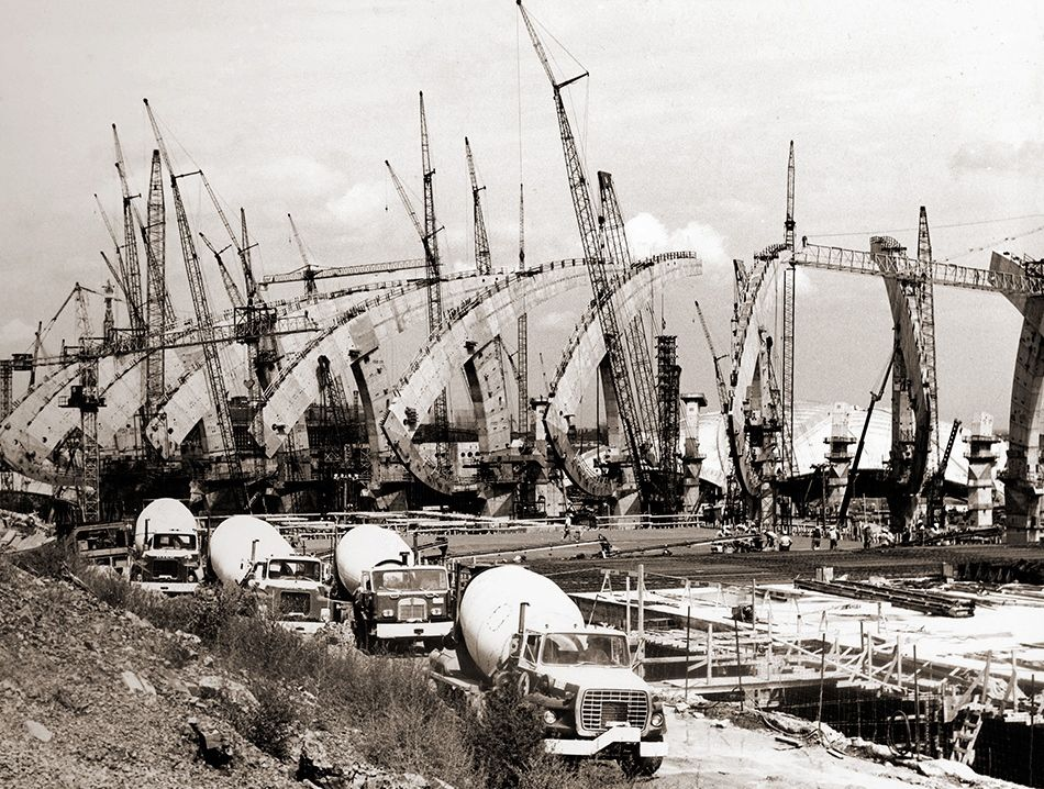 When they were young: Iconic buildings under construction   Rund ums ...