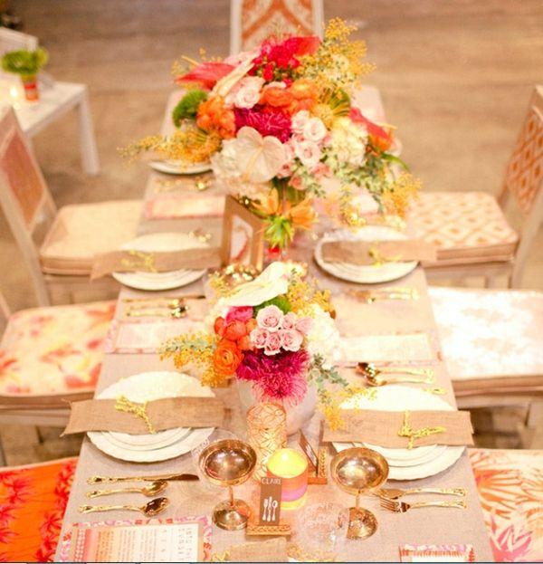 Deko Ideen Sommer Blumen Rosa Golden Servietten Falten Interior