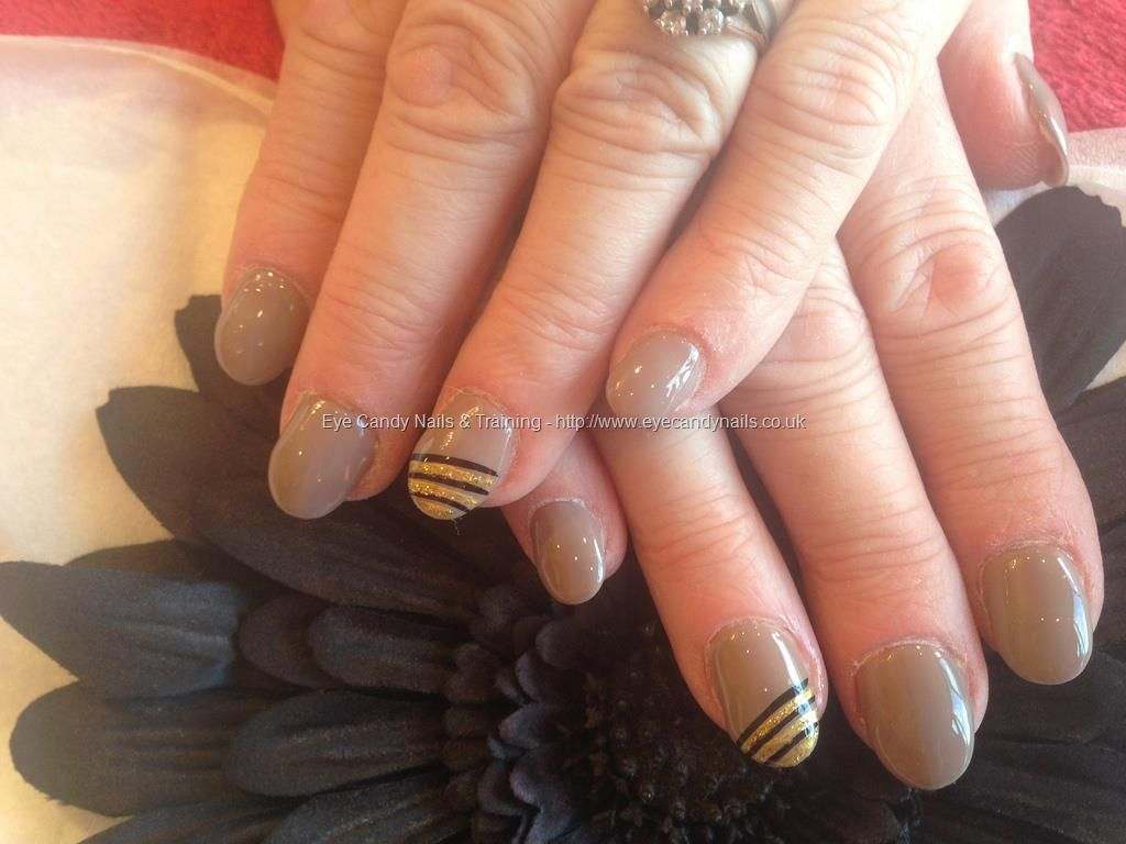 Acrylic nails with gelish gel polish with black and gold free hand ...