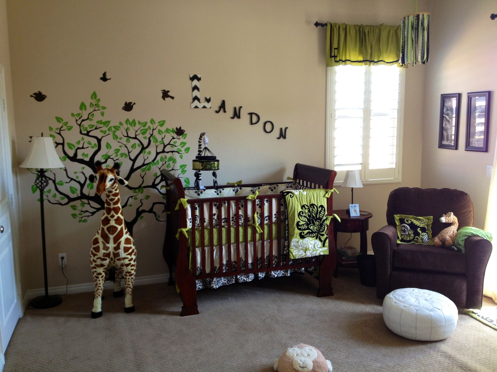 Green baby boy room decor - Safari Nursery Modern Giraffe Theme Boys Room Green And Black