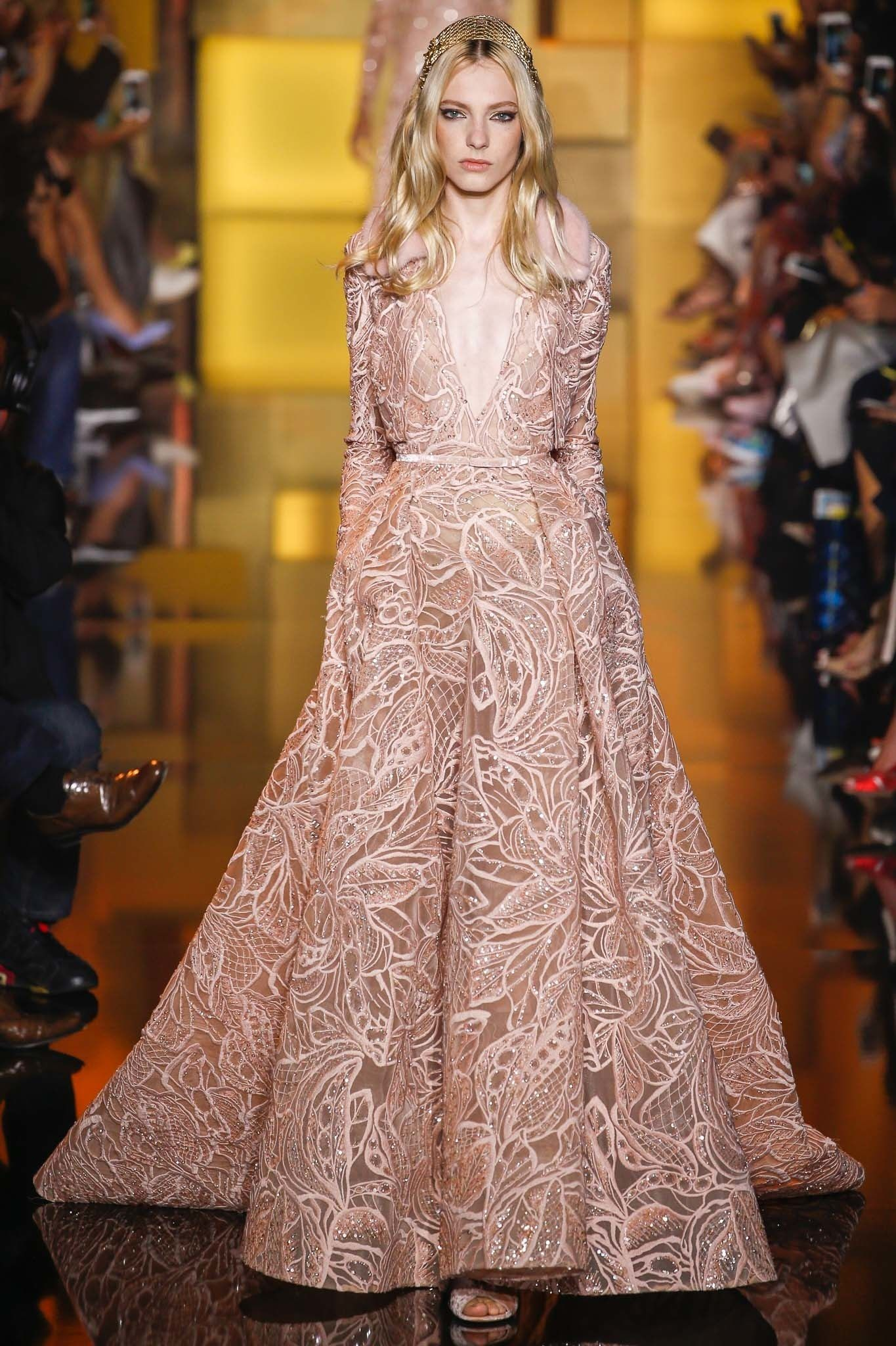 Elie Saab Fall 2015 Couture Fashion Show | Grecia
