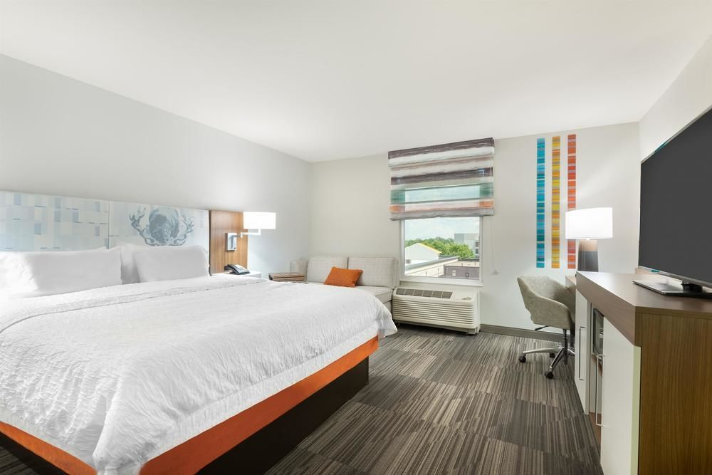 Hampton Inn Suites Atlanta Buckhead Place Ga Atlanta United States Of America Expedia Hampton Inn Suites The Hamptons