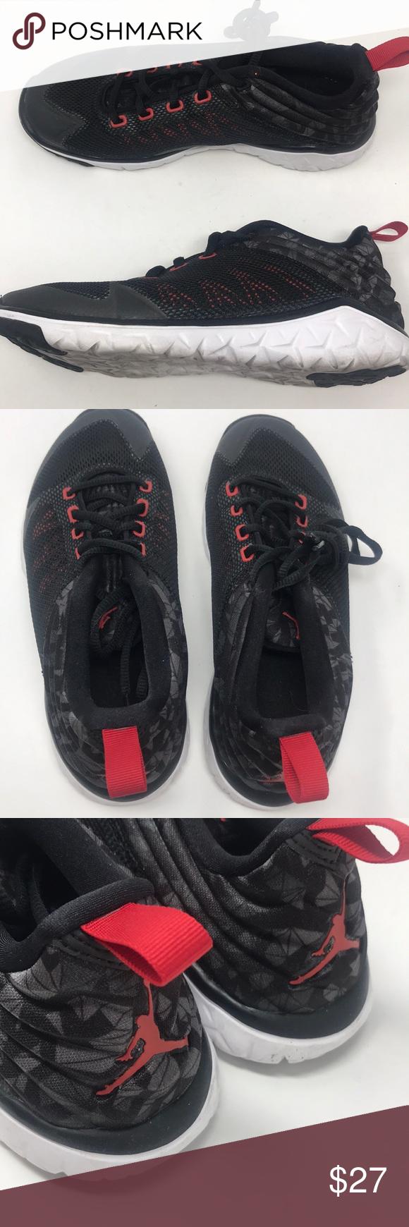 Nike Jordan trainer boys size 6 black