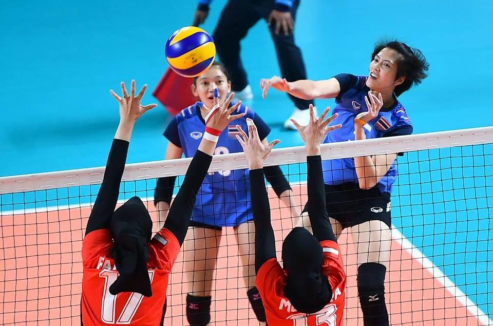 Girls of thailand 3