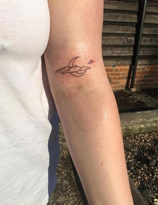 27 Cute Small Tattoos That Are Barely Noticeable - Society19