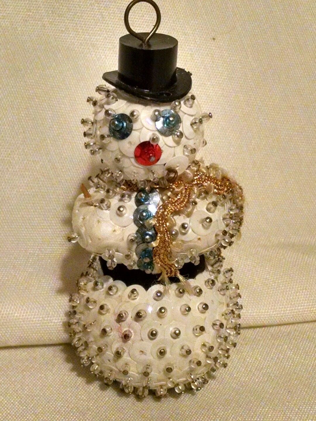 VINTAGE 70s HAND MADE SNOWMAN BEADS SEQUINS PINS CHRISTMAS ...