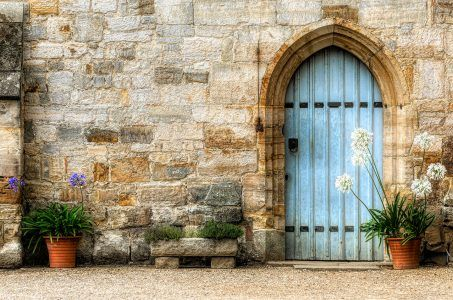 Penshurst Side Door Jigsaw Puzzle | Side door, Jigsaw ...