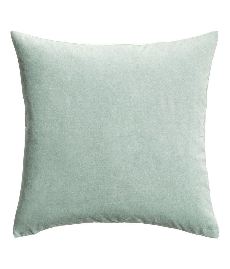 4 Things You Should Be Buying From H M Home Velvet Cushions Green Velvet Pillow H M Home