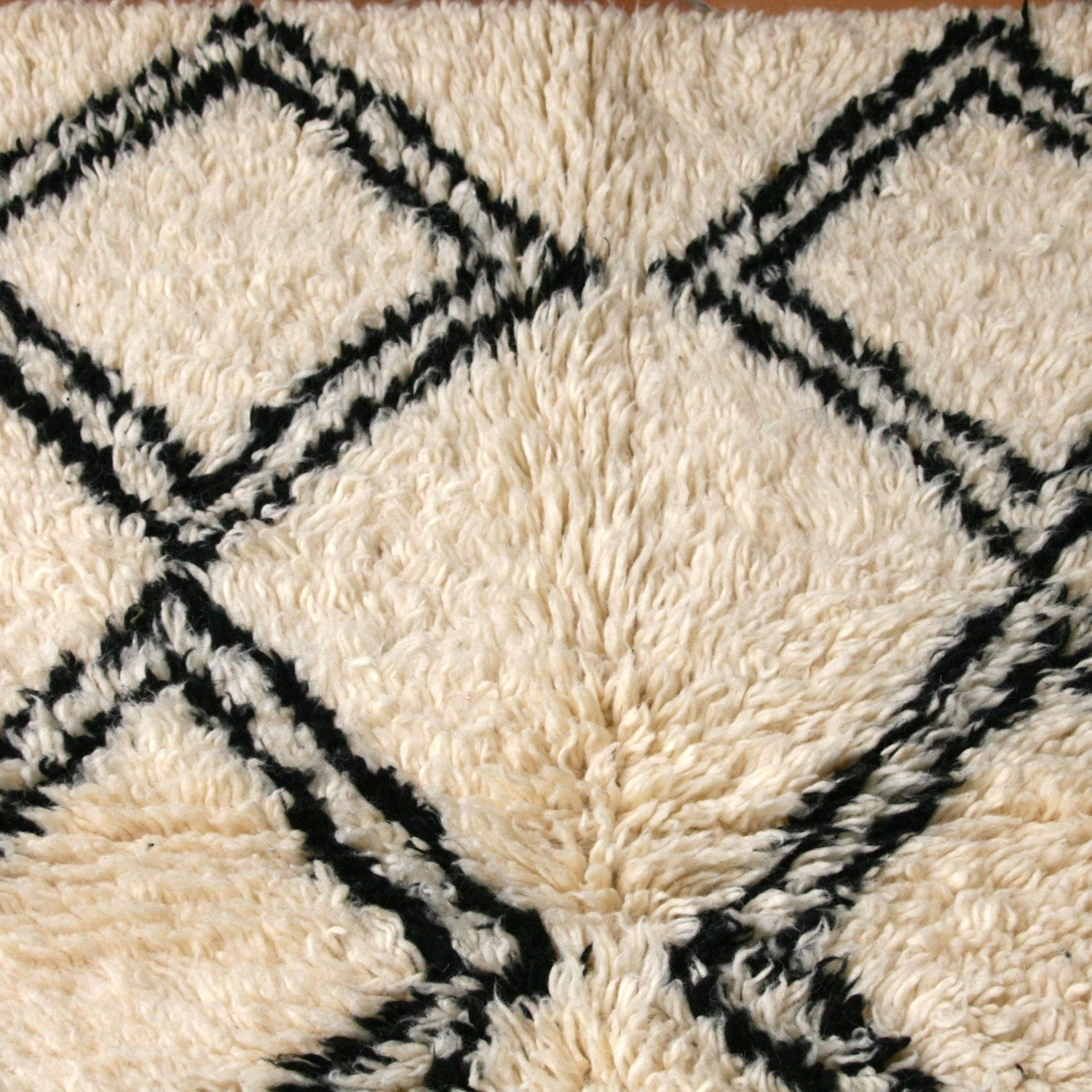 BENI OURAIN Moroccan Berber Tribal Wool Rug Hand Knotted Thick Pile Cream  Diamonds #BEN002 140cmX92cm